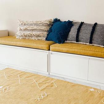 kiliim-tufted-triangles-cushion-cushions