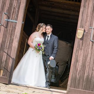 wedding-2844555_1920.jpg