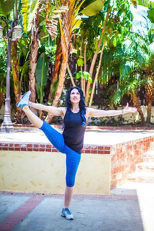 yoga, blue pants, outdoor workout, Ashley chaney, ashley krouse