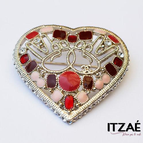 Prendedor grande de corazón rojo