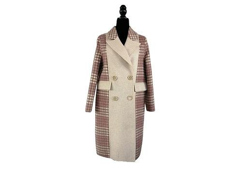 Abrigo beige con rosa