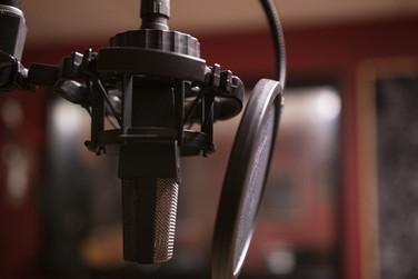 podcast-3939905_1920.jpg
