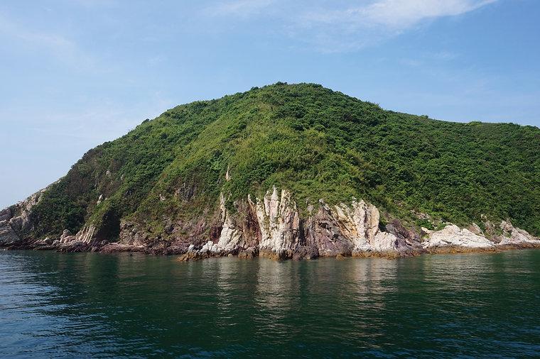 beauty sai kung islands near devil fist.