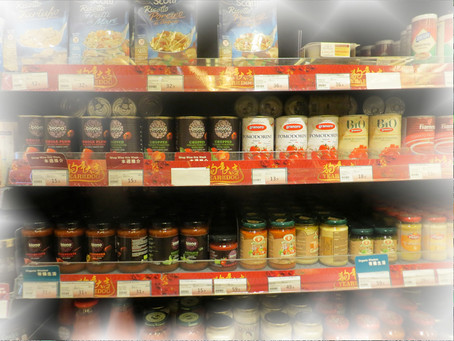Expat shopping in Hong Kong: tips for saving a bundle