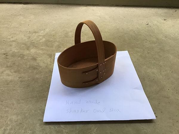 Handmade Oval Box(Carol Anderson).jp