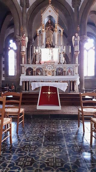 Autel Sacré-Coeur DOUAR 3.jpg