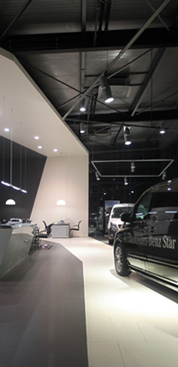 amenajare interioara showroom (3).jpg