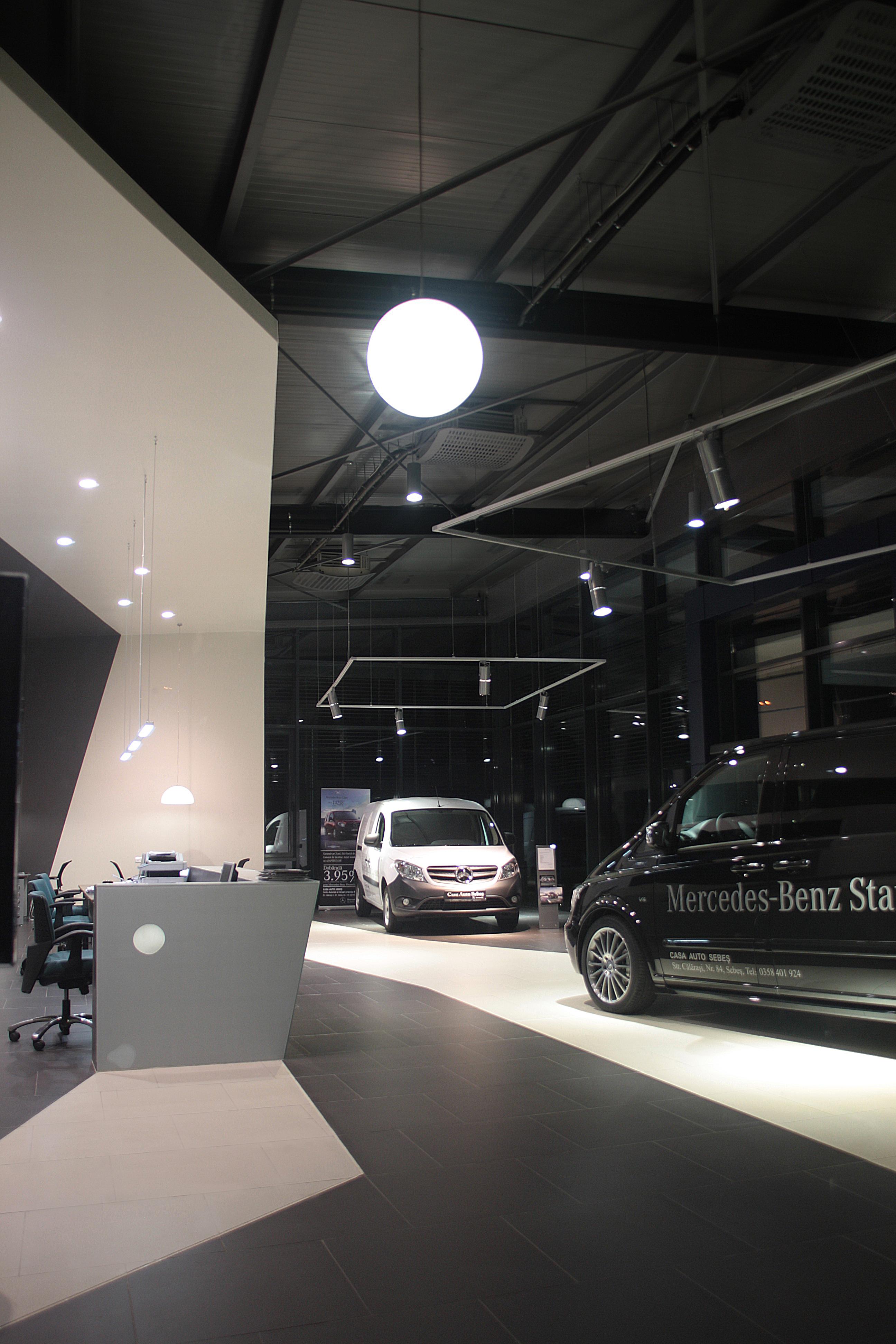Mercedes Benz Showroom