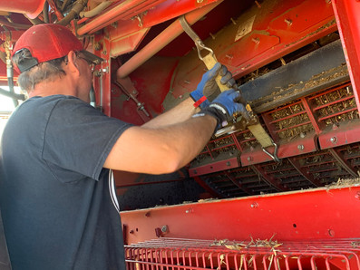 How To Unplug A Combine Rotor In 13 Easy Steps
