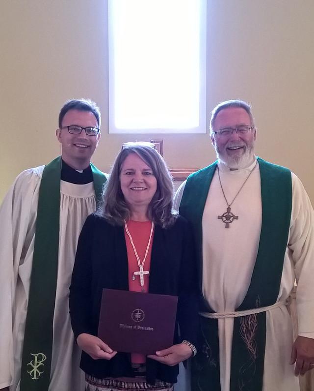 Linda Nicklason received ILT's Master of Religion degree.