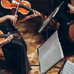 elegant-string-quartet-playing-in-luxury