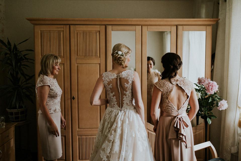 015_Wedding_Photographer_Ainars_Mazjanis_Wedding Cesvaines Pils.jpg