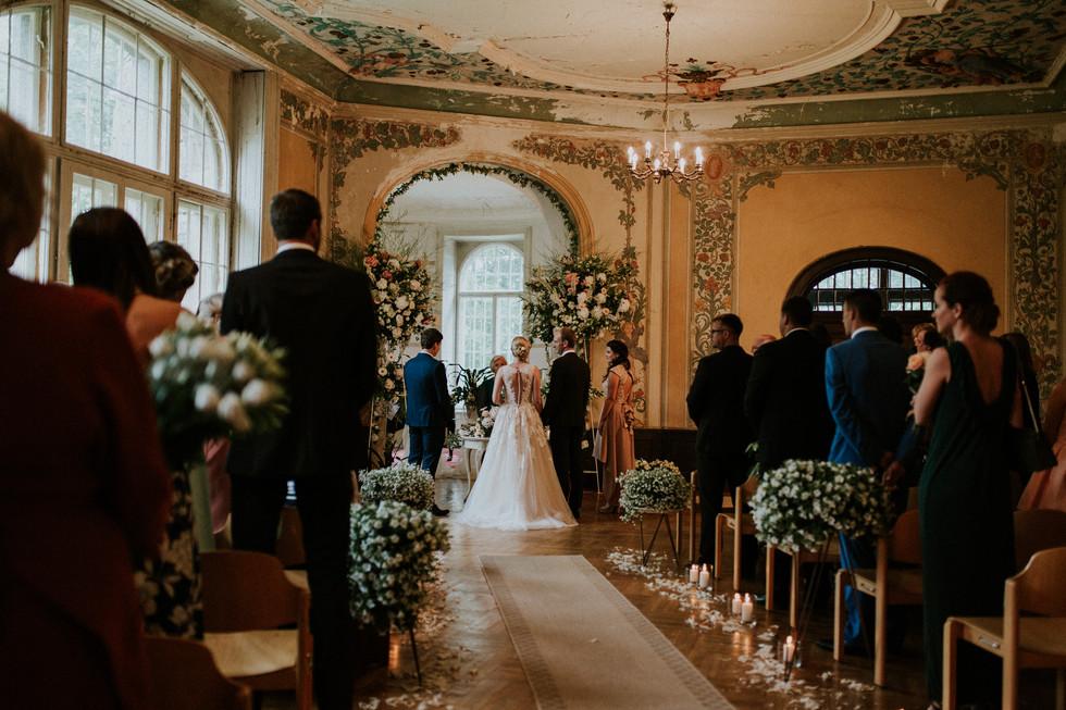 043_Wedding_Photographer_Ainars_Mazjanis_Wedding Cesvaines Pils.jpg