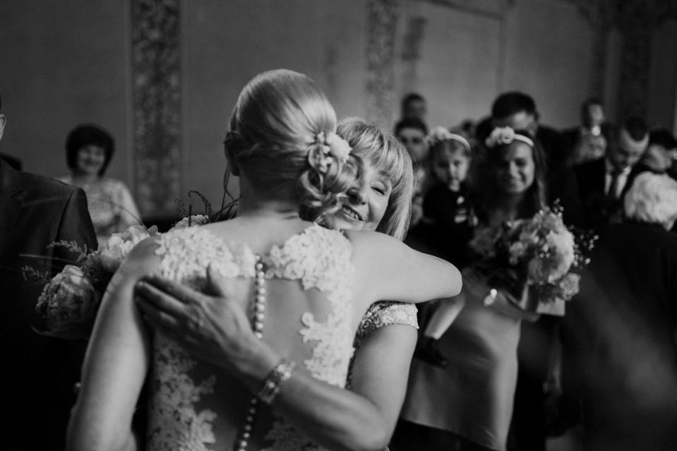 050_Wedding_Photographer_Ainars_Mazjanis_Wedding Cesvaines Pils.jpg
