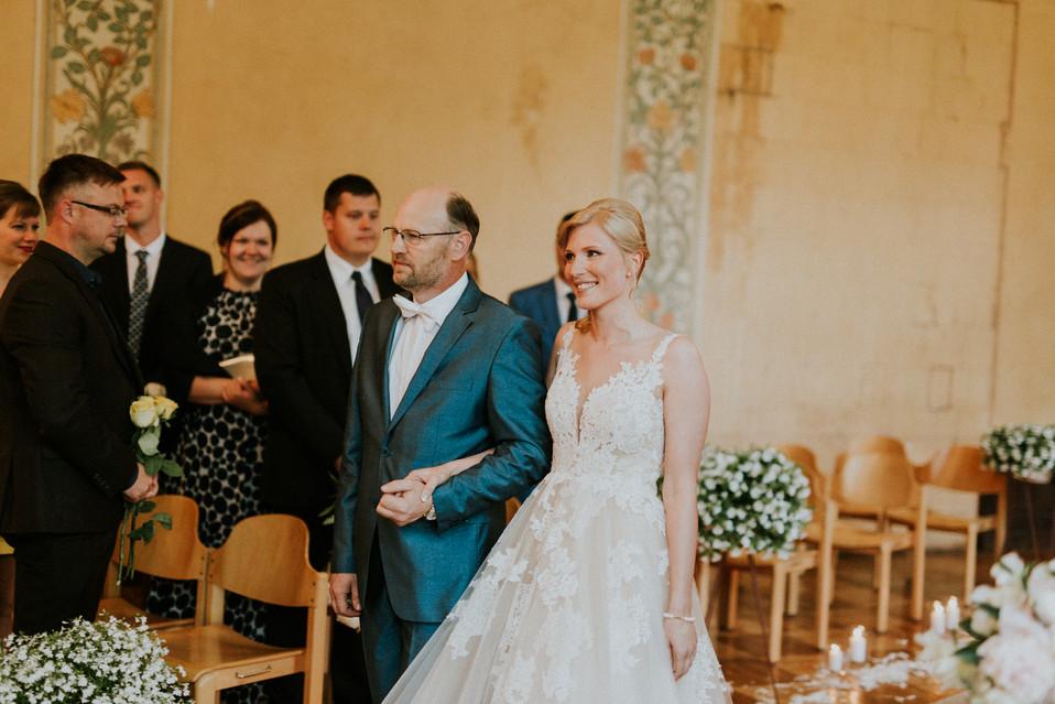 041_Wedding_Photographer_Ainars_Mazjanis_Wedding Cesvaines Pils.jpg