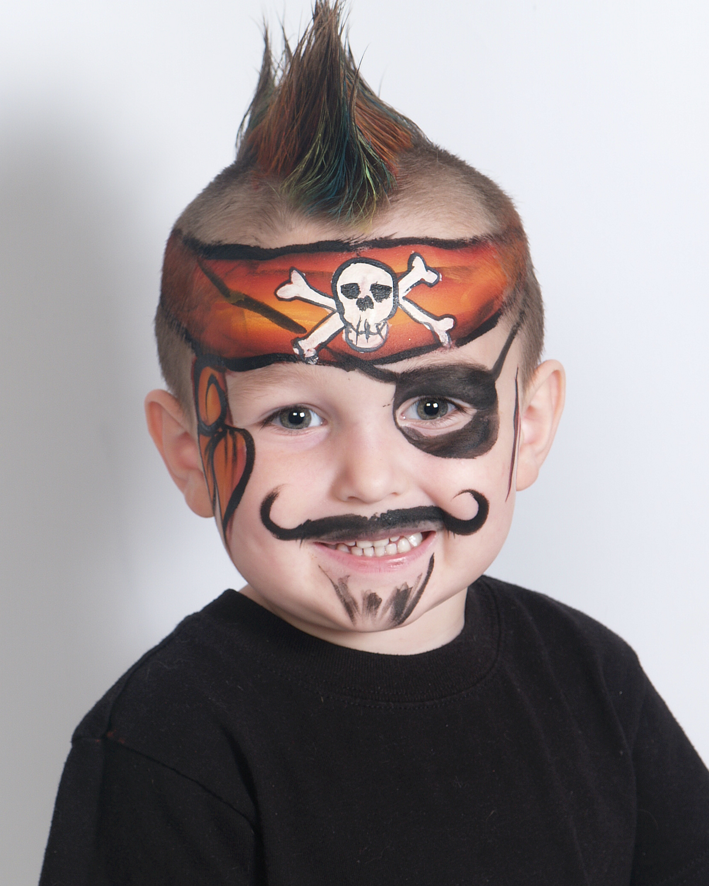 One Stroke Pirate Face Painting 01