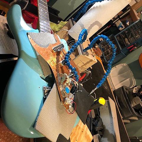 Installing a Stratoblaster jack pre-amp