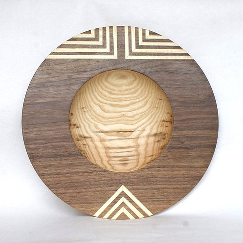 Veneered bowl in ash with walnut