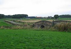 The road to Linlithgow