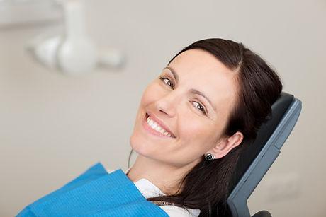 В Стоматолог