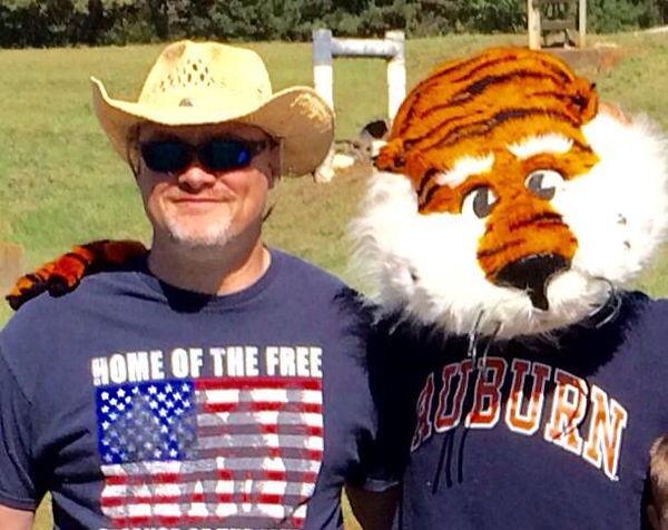 Dean Pic with Aubie.jpg