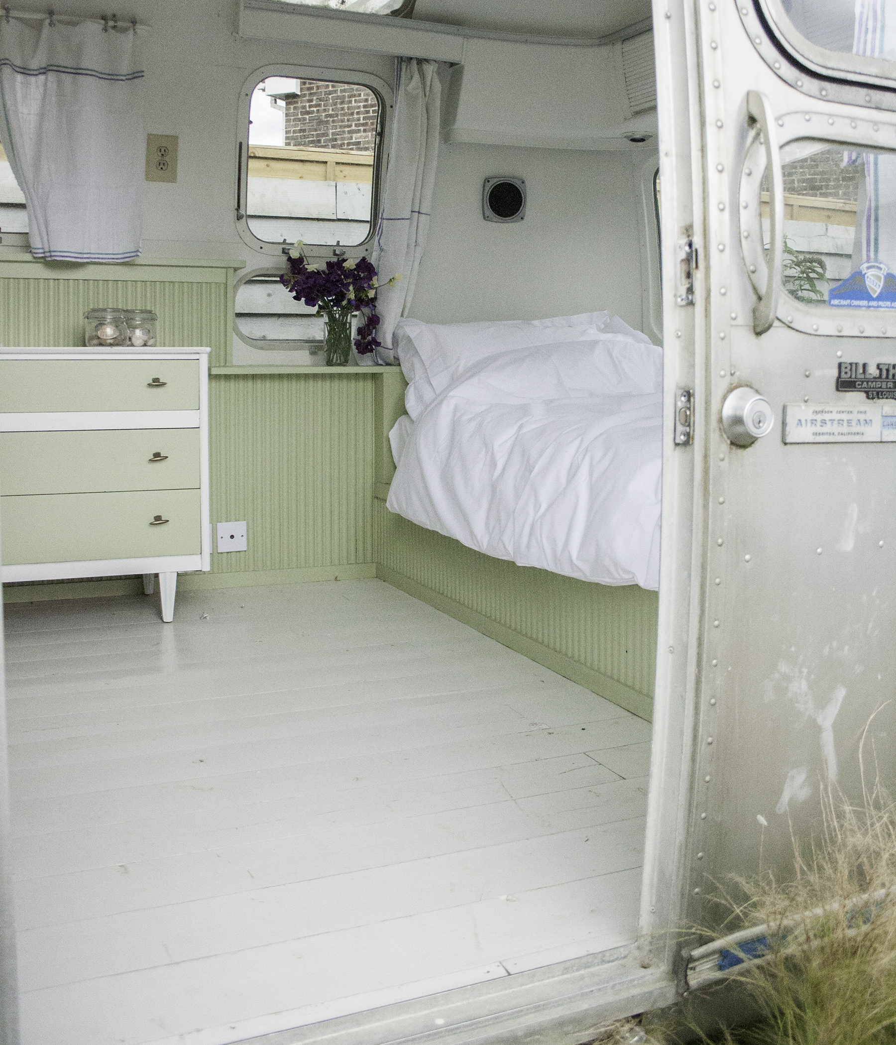 Airstream single bed