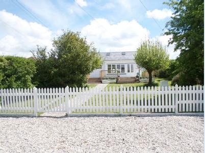 Picket fenced garden