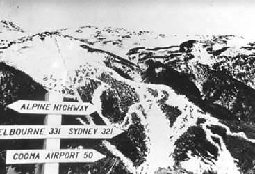 thredbo_ski_trails1965