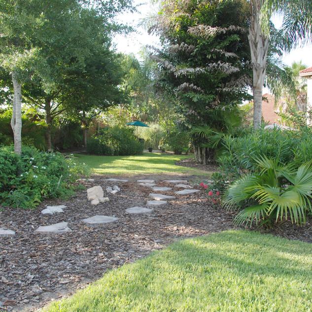 Garden walkway.jpg