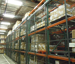 Wirecrafter protection for pallet racks filled with boxes