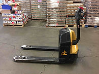 Big Joe D40 electic pallet jack