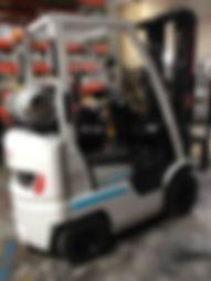 Nissan AF30LP sit down pneumatic forklift