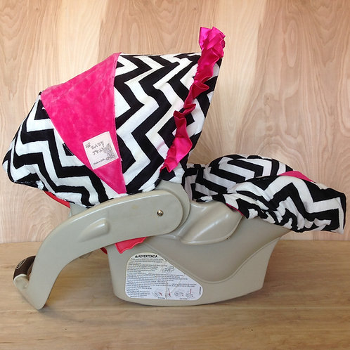 Black and White Chevron/ Hot Pink
