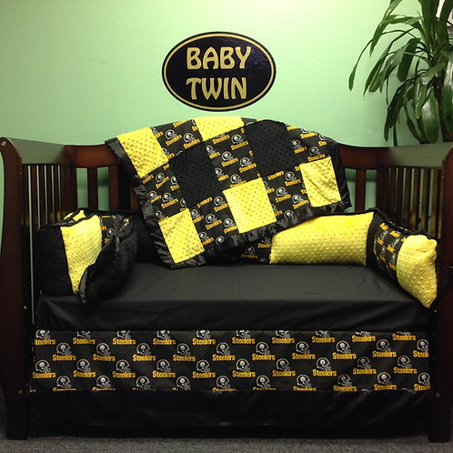 Crib set NFL Steelers ,Steeler Crib set,Nursery bedding Steelers.