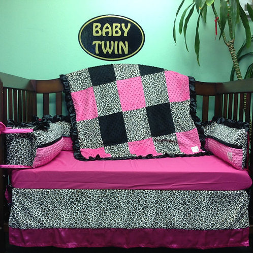 Crib Set Cheetah Fuchsia,leopard brown,Leopard Bedding,Home & Living.