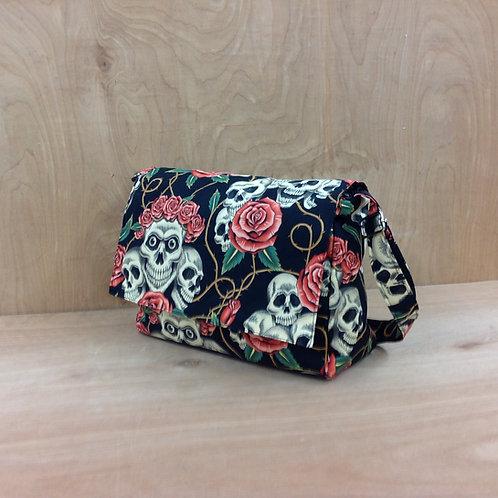Handbag/ Rose Tattoo/ Black tan skulls/ Roses