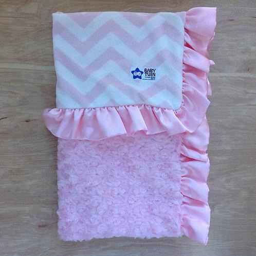 Baby blanket Pink Chevron , Receiving blanket Chevron .