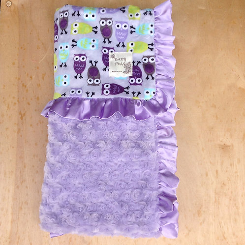 Baby blanket Purple Owls ,Receiving blanket owls , car seat blanket.