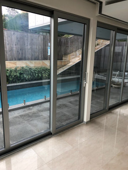 RENEW SLIDING DOOR