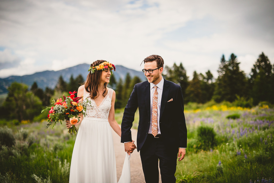 Allison and Tyler Ziegelman elope on Pete's Hill in Bozeman, Montana