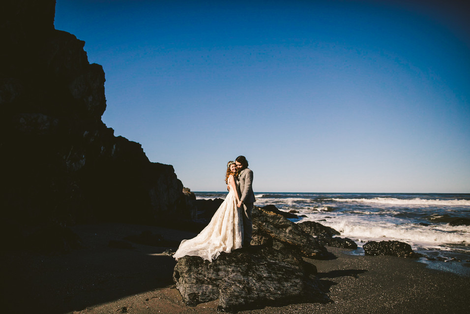 Jake and Shaylee's wedding photos on the beach in northern California