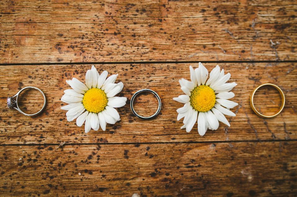 Summer wedding rings