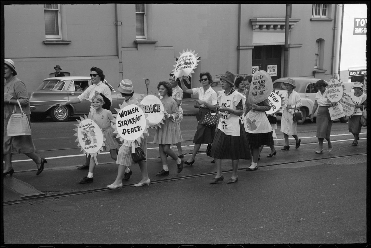 Women and girls in Peace march, Brisbane
