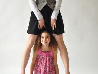 Jenny-Marie & Cosima-Lucia Foto: Jo Bischoff, 2011)