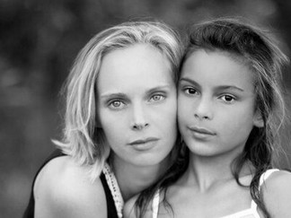 Jenny-Marie & Cosima-Lucia Foto: Chrystal David)
