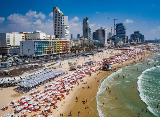 Israelis are Trying to Set the Record for World's Largest Beach Clean-Up