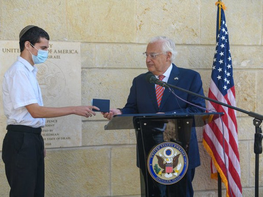 Boy from court case gets first US Passport that says Jerusalem, Israel