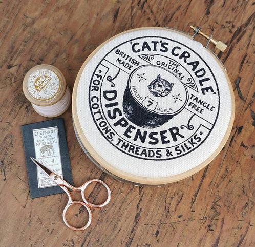 Thread Dispenser 'Cat's Cradle'