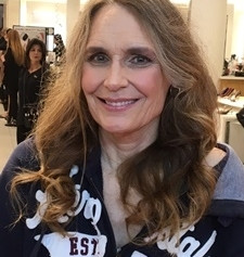 Janice, 65, CALIFORNIA