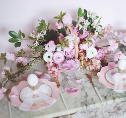 Easter inspired table scape 🌸___春天到了世界各